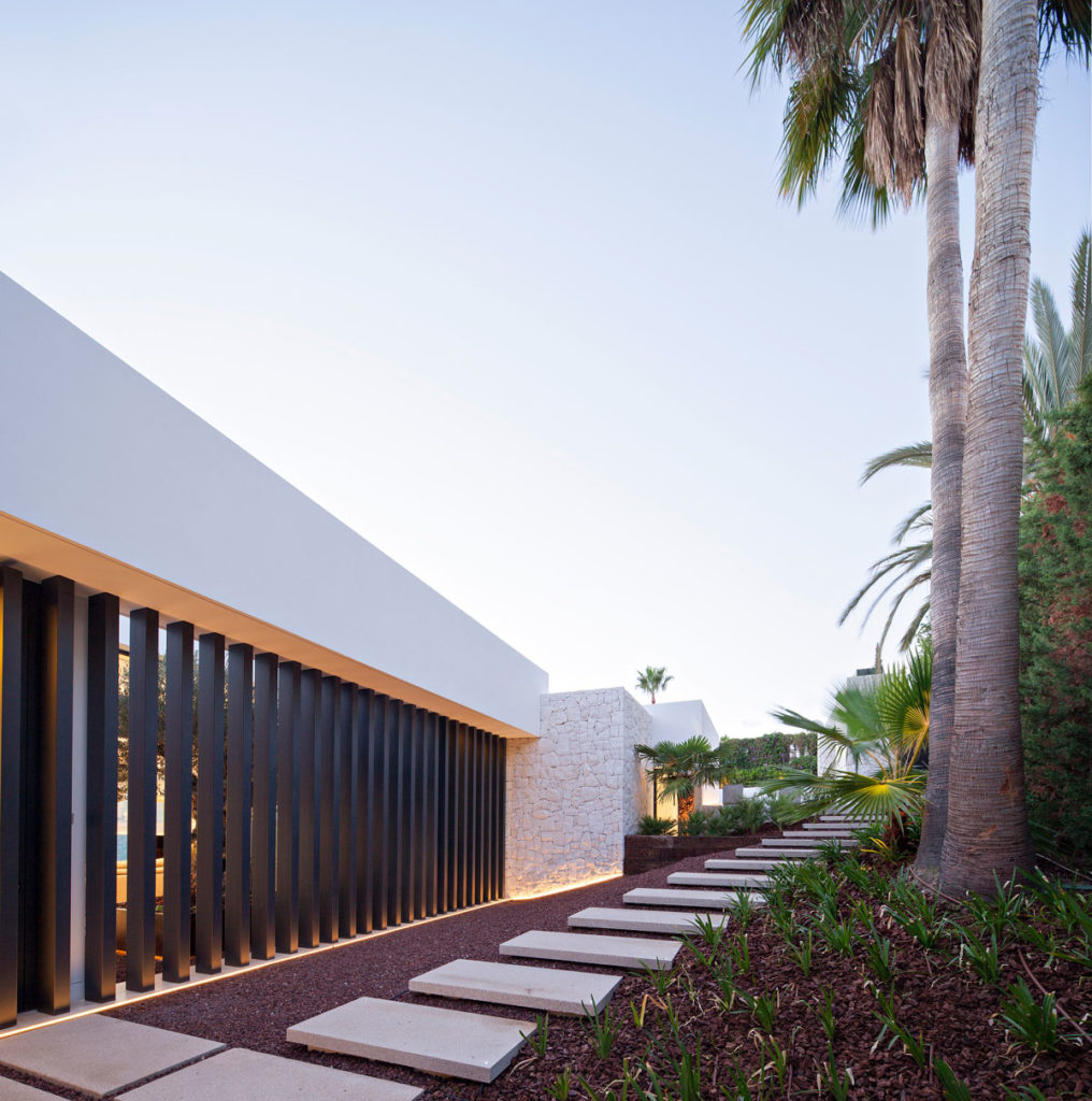 Exterior and Garden Lighting design decoration in Marbella - AMC ...